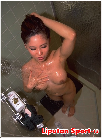 totally naked women sex